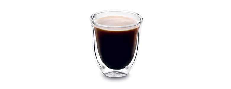 Sklenice káva