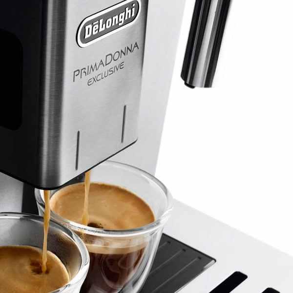 ESAM-6900-detail-espresso-cups-600x600
